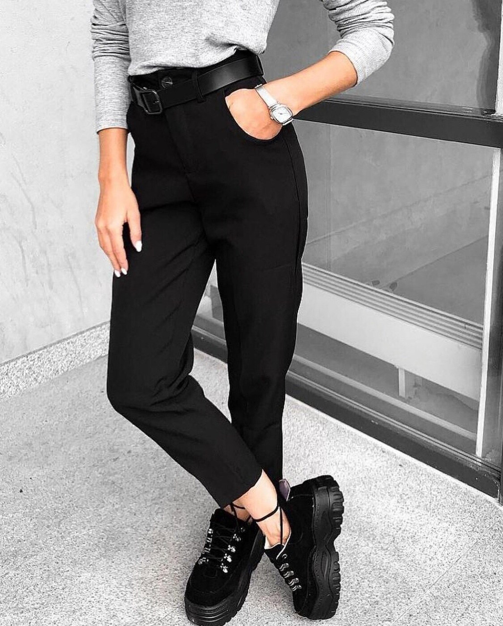 Женские брюки из креп - костюмки класса люкс с 42 по 46 рр