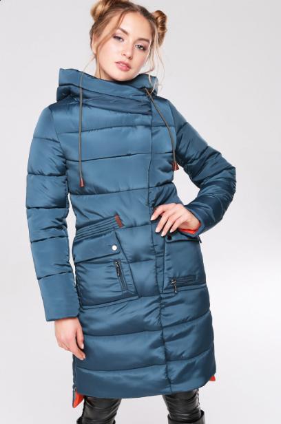 Стеганое пальто прямого силуэта