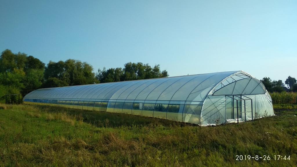 фермерська теплиця для розсади