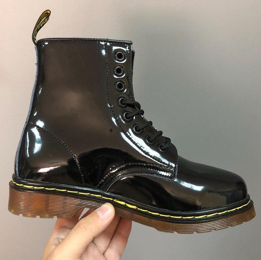 Женские зимние ботинки Dr. Martens 1460 Patent Black с мехом