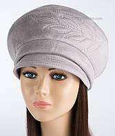 Женская зимняя шапка Ветка с козырьком светло-серая