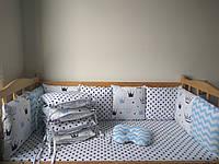 Бортики (защита) со съёмными наволочками на 4 стороны, простынка на резинке, подушечка для новорождённого