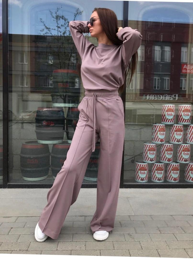 Трикотажный женский брючный костюм с брюками клеш и кофтой 71mko234, фото 1