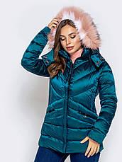 Укороченная зимняя женская куртка приталенного силуэта сиреневьій размер 42 44 46 48 50, фото 3