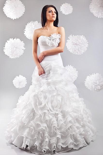 374a6c21e992adb Шикарное свадебное платье, №1262, цена 7 199 грн., купить в Киеве ...