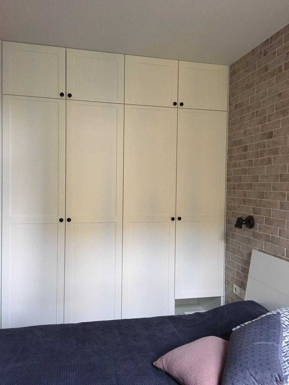 Шкаф в скандинавском стиле белый с фасадами мдф белый