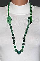 Длинные бусы из зелёного агата