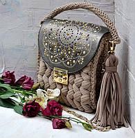 Карамельная сумочка-зефирка с расписным клапаном от Оксаны @valissa.handmade. Пряжа Бобилон.Цвет Карамель 7-9мм