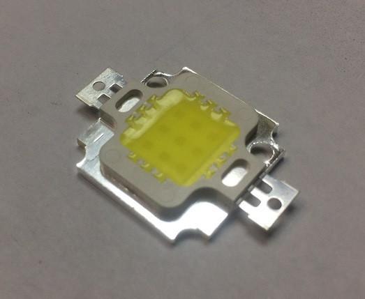 Светодиод матричный СОВ для прожектора 10W 5000К 300мА (45Х45 mil) Код.59650