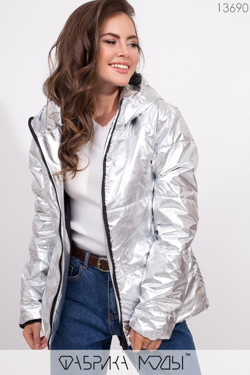 Куртка прямого кроя с капюшоном на молнии с прорезными карманами 13690