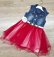 Джинсовый сарафан для девочки с пышной юбкой красный
