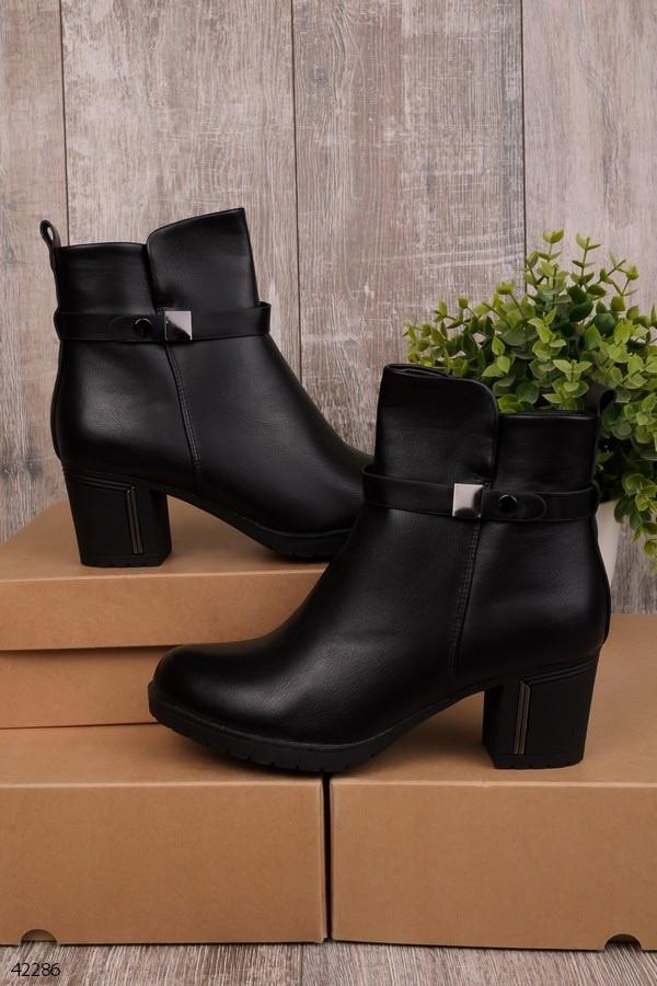 Женские осенние ботинки на каблуке 6,5 см черные эко-кожа