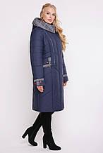 Демісезонна жіноча курточка доповнена капюшоном