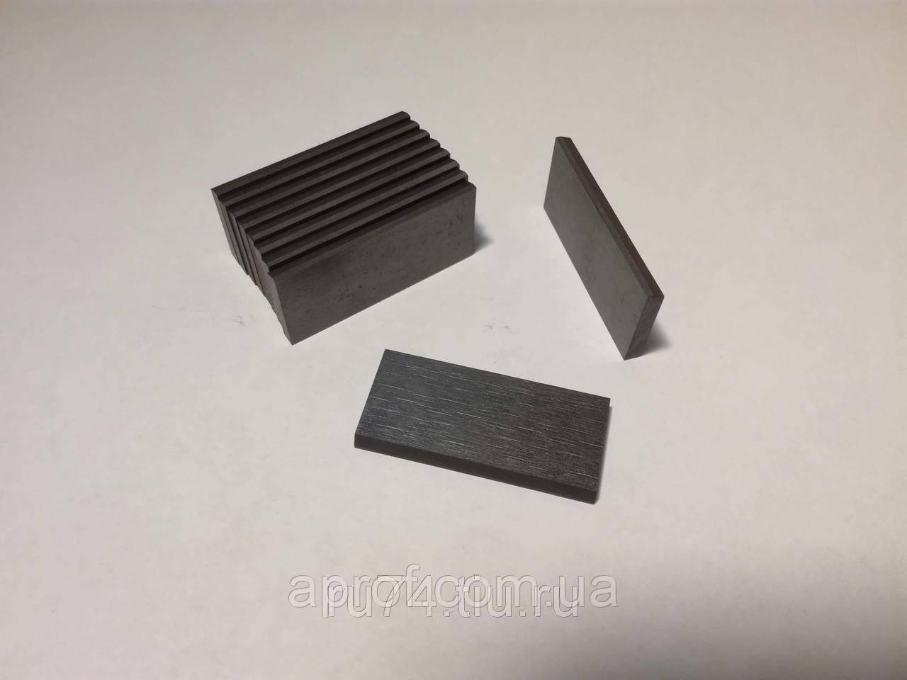 Лопатки графитовые (50х45х5,0 мм) для доильного аппарата Буренка, Березка, комплект - 2 шт