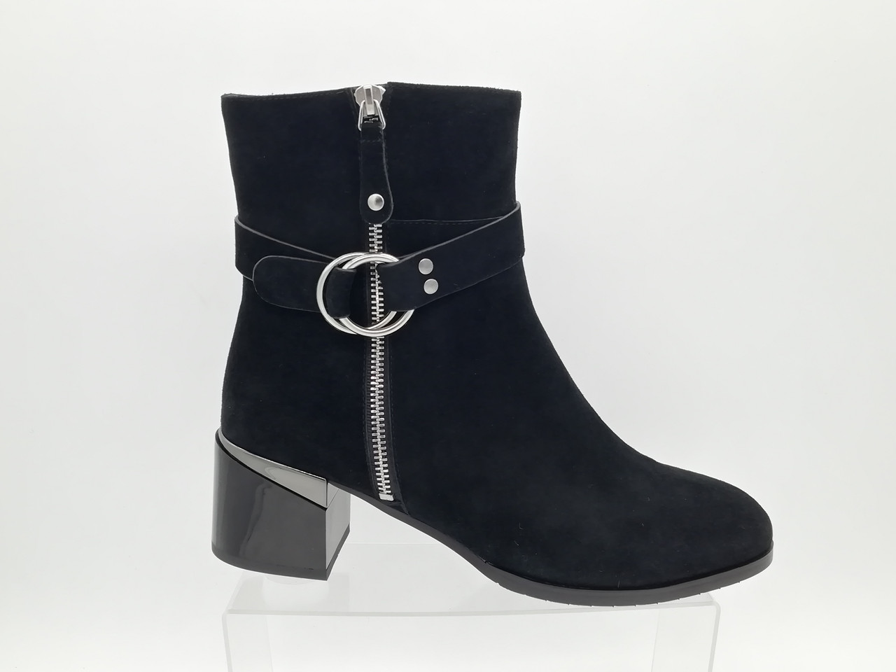 Чорні замшеві чобітки Erisses.Великі розміри ( 41 - 43).