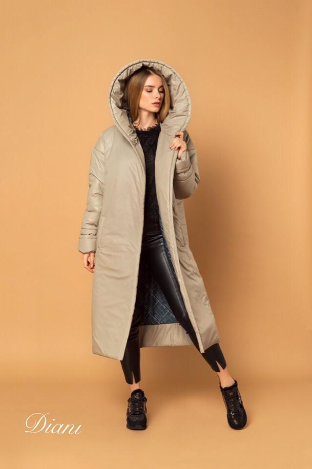 Женское плащевое пальто на кнопках с объемным капюшоном и длиной миди vN3623