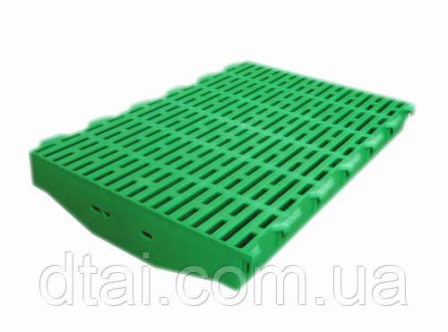 Пластиковая щелевая решетка пола 600х400 мм для свинарника