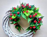 Обруч с зелеными листьями из фетра и красными ягодами калины 275 грн, фото 1