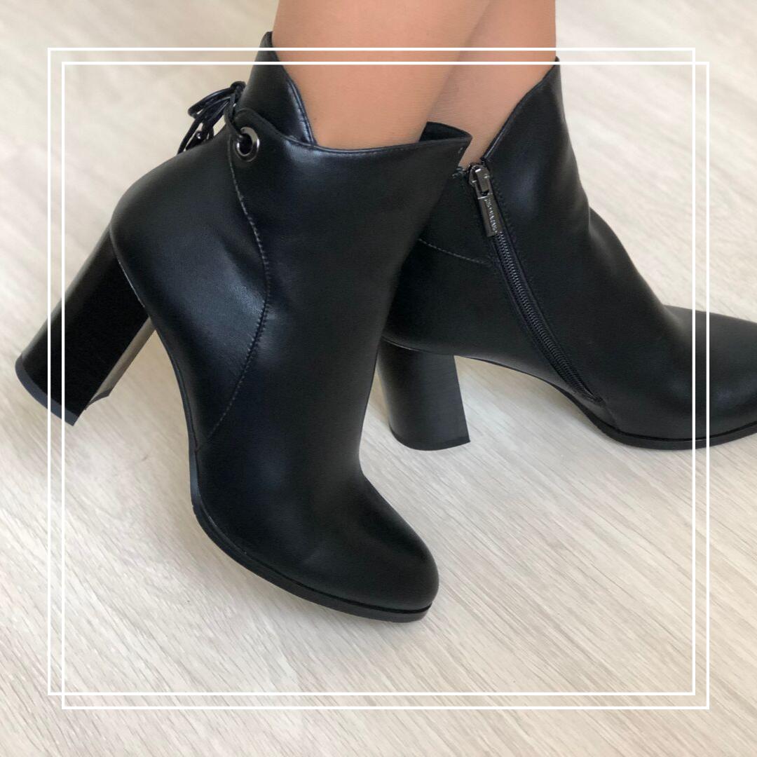 Женские демисезонные ботинки кожа