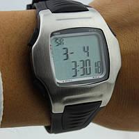 Футбольные часы - хронограф TF7301 трехстрочный, метал, память 10, 10 кругов, 4-ех кноп.