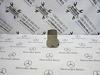 Кожух рулевой колонки MERCEDES-BENZ w219 cls-class (A1714620323), фото 1