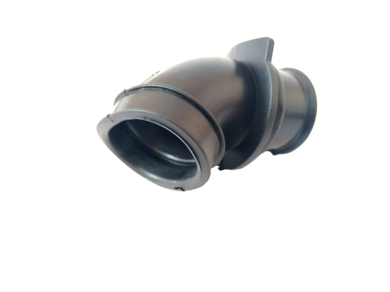 Патрубок фильтра SUZUKI LETS III (черный)