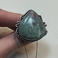 Рубин в фуксите кольцо с рубином в фуксите 17,5 размер природный рубин в серебре Индия, фото 1