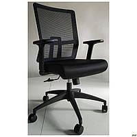 Офисное компьютерное кресло AMF Fix Black пластик черное спинка сетка