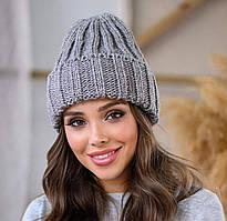 Обьемная женская шапка из полушерсти