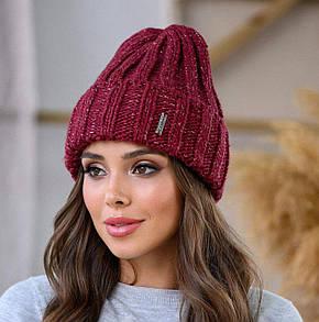Вишневая молодежная шапка