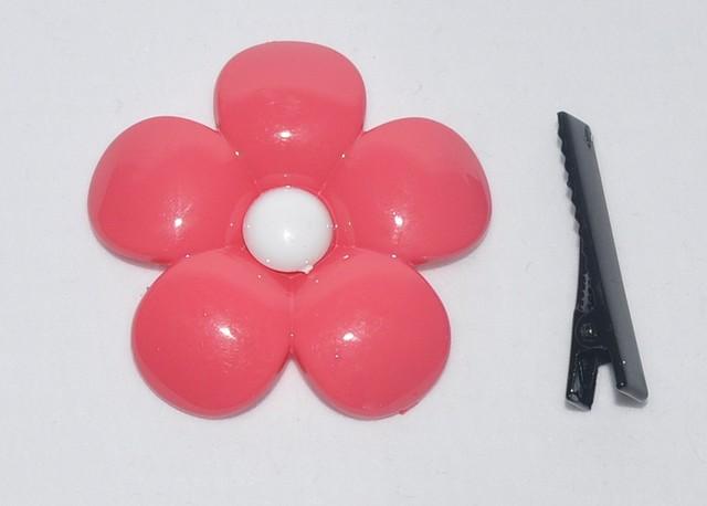 Заколка пластмасовый цветок на уточке (10шт. на ленте)