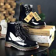 Женские зимние лаковые ботинки в стиле Dr. Martens 1460 Black Lacquered с мехом