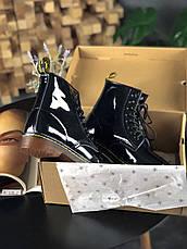Женские лакированные ботинки в стиле Dr. Martens 1460 Black Lacquered черного цвета, фото 3
