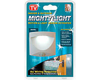 Универсальная подсветка Mighty Ligth qjd 001, Светильник с датчиком движения на батарейках, Мини светильник, фото 1
