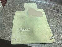Ремонт коврика для автомобиля LEXUS
