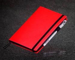 Блокнот B6 с черными листами Black Rainbow Mini красный
