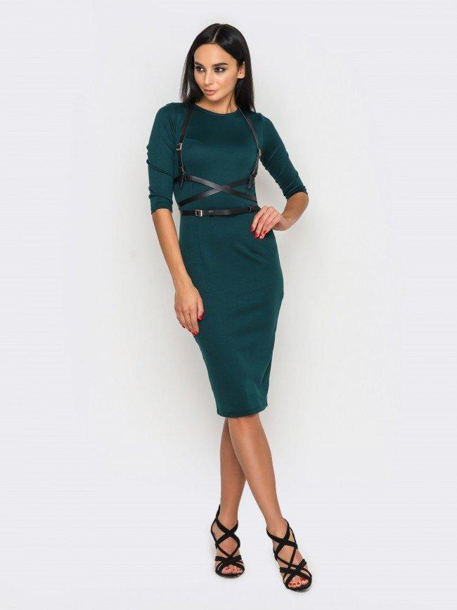 Трикотажне жіноче плаття-футляр міді з портупеєю, 6 кольорів 44, Смарагдове
