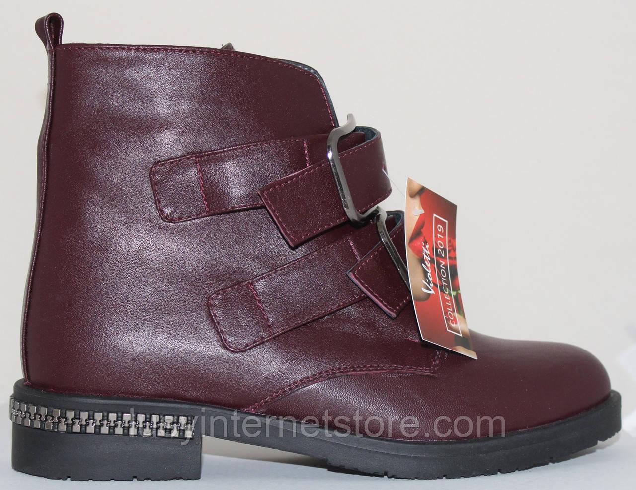 Ботинки женские кожаные демисезонные на низком каблуке от производителя модель СВ809
