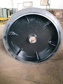 Каток привода 810х185 мм