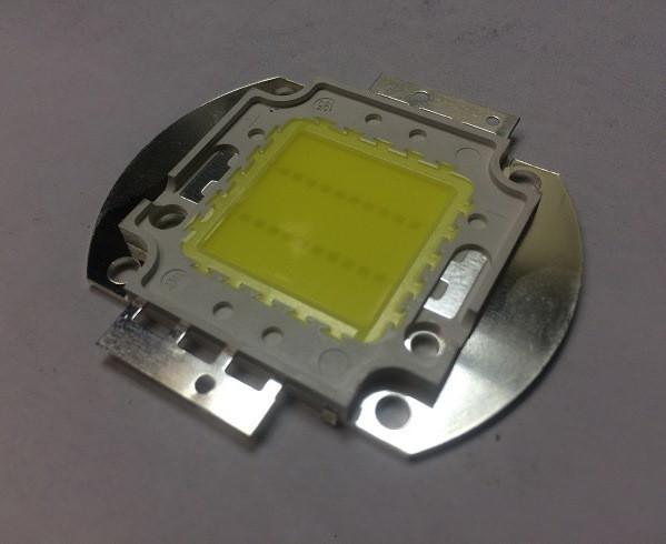 Светодиод матричный PREMIUM СОВ для прожектора SL-20 20W 5000К (45Х45 mil) Код.59649