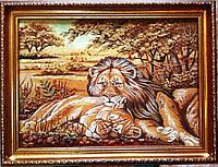 Картина из янтаря львы