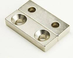 Неодимовий магніт прямокутний з отвором для потайного гвинта 25х12х3 2 отвори D7/3,5 мм
