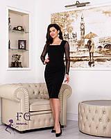 Женское платье-футляр до колена с рукавами сеткой