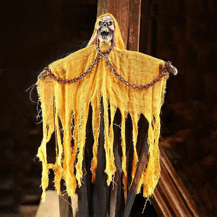 Заключенная мумия с цепями в желтом с криком и мигающими глазами страшный декор для Хеллоуина