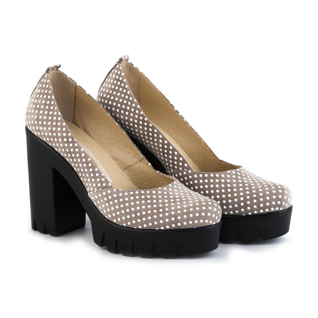 VM-Villomi Бежевые туфли из натурального велюра в белый горошек