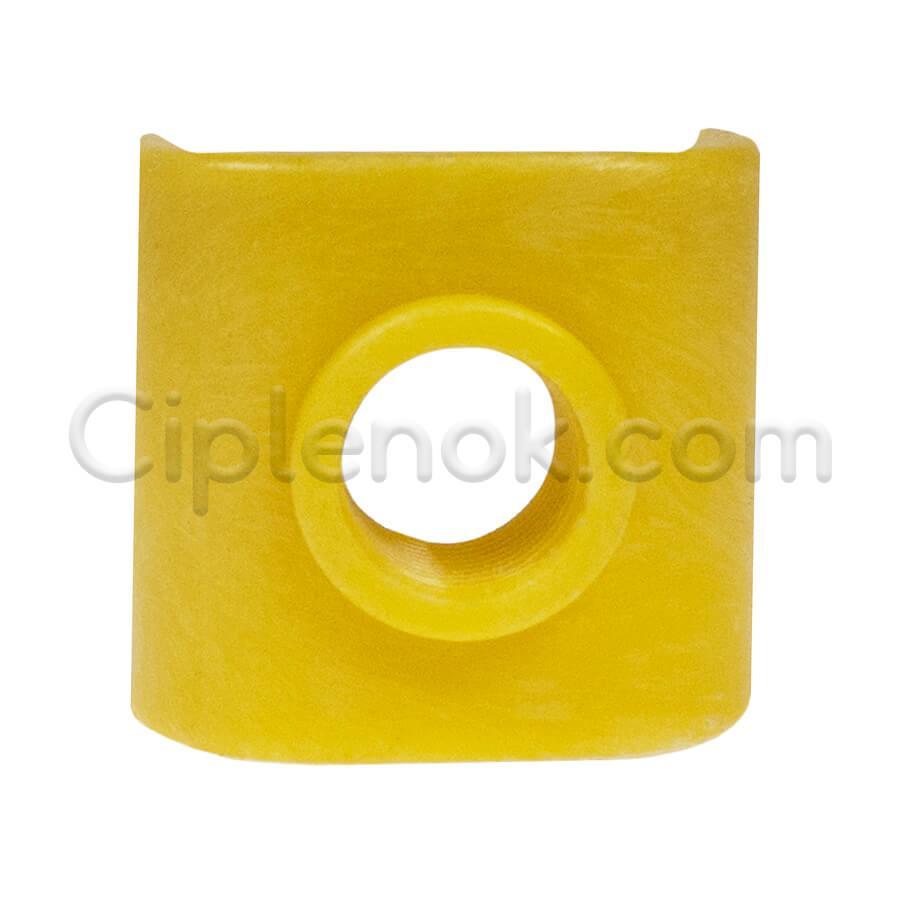 Накладка для ниппельной поилки на квадратную трубу