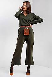 Брючный комбинезон FATE из трикотажа болотного цвета с укороченными брюками клеш и длинными рукавами