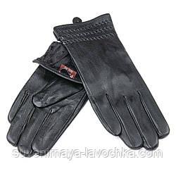 Женские кожаные перчатки, черные, подкладка флис. Тиснение Стежок