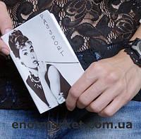 """Обложка на украинский паспорт, загранпаспорт """"Одри Хепберн"""""""
