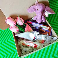 Подарочный набор Мишка или Слон ( на выбор)+ букет  текстильные тюльпаны ручной работы.